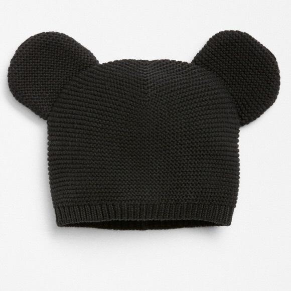 31d3991343e Baby Gap Disney Black Mickey Mouse Knit Hat